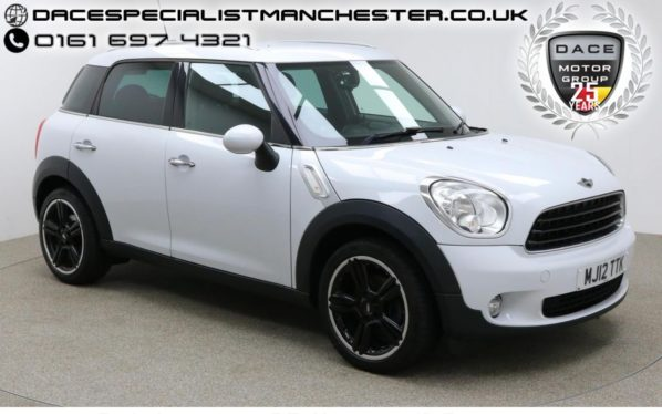 Used 2012 WHITE MINI COUNTRYMAN Hatchback 1.6 COOPER 5d 122 BHP (reg. 2012-05-23) for sale in Manchester