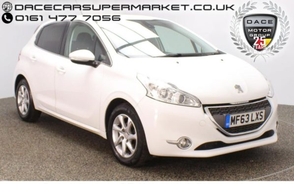 Used 2013 WHITE PEUGEOT 208 Hatchback 1.4 E-HDI ALLURE 5DR 68 BHP (reg. 2013-09-17) for sale in Stockport