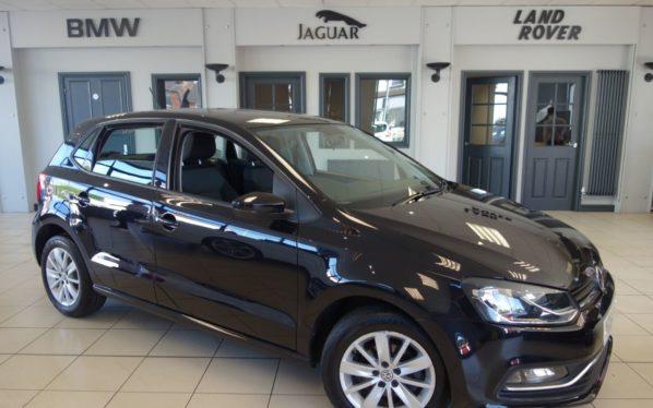 Used 2014 BLACK VOLKSWAGEN POLO Hatchback 1.4 SE TDI BLUEMOTION 5d 74 BHP (reg. 2014-09-30) for sale in Hazel Grove