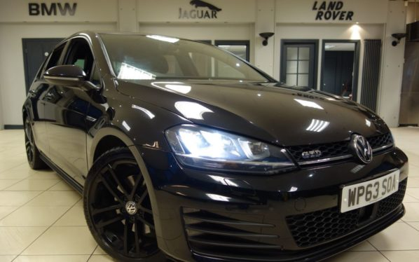 Used 2014 BLACK VOLKSWAGEN GOLF Hatchback 2.0 GTD 5d 181 BHP (reg. 2014-01-27) for sale in Hazel Grove