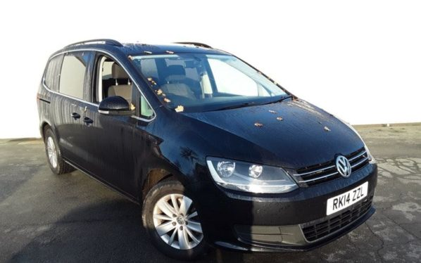 Used 2014 BLACK VOLKSWAGEN SHARAN MPV 2.0 SE TDI DSG 5d AUTO 142 BHP (reg. 2014-03-03) for sale in Manchester