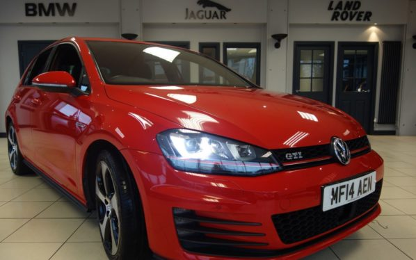 Used 2014 RED VOLKSWAGEN GOLF Hatchback 2.0 GTI PERFORMANCE DSG 5d 226 BHP (reg. 2014-04-02) for sale in Hazel Grove