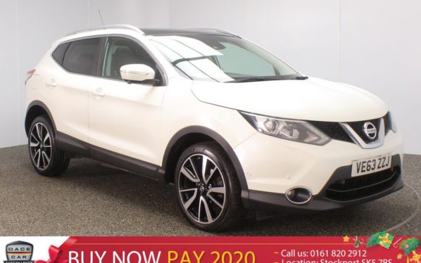 Used 2014 WHITE NISSAN QASHQAI Hatchback 1.6 DCI TEKNA 5DR PAN ROOF SAT NAV HEATED LEATHER 128 BHP (reg. 2014-01-30) for sale in Stockport