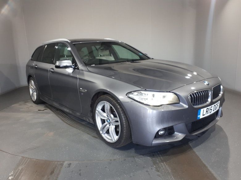 Used 2015 GREY BMW 5 SERIES Estate 2.0 520D M SPORT TOURING 5d AUTO 188 BHP (reg. 2015-03-27) for sale in Manchester