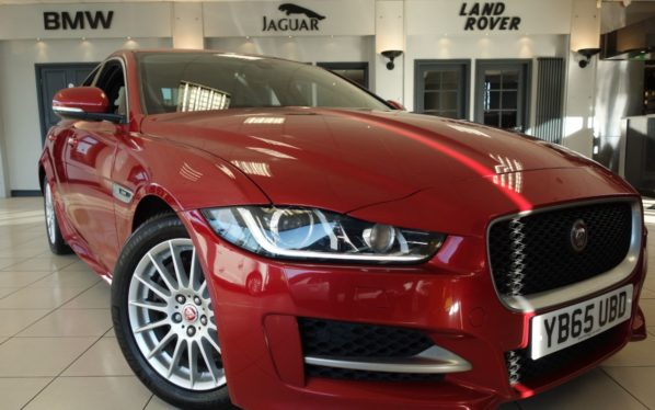 Used 2015 RED JAGUAR XE Saloon 2.0 R-SPORT 4d 161 BHP (reg. 2015-12-01) for sale in Hazel Grove