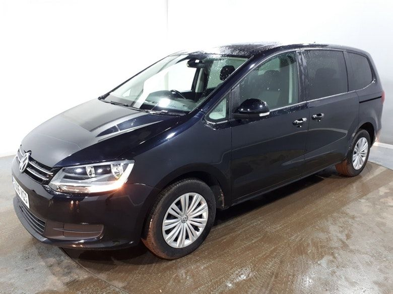 Used 2016 BLACK VOLKSWAGEN SHARAN MPV 2.0 S TDI BLUEMOTION TECHNOLOGY 5d 148 BHP (reg. 2016-03-24) for sale in Manchester