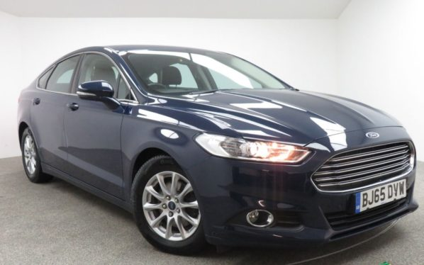Used 2016 BLUE FORD MONDEO Hatchback 1.5 ZETEC ECONETIC TDCI 5d 114 BHP (reg. 2016-09-30) for sale in Manchester