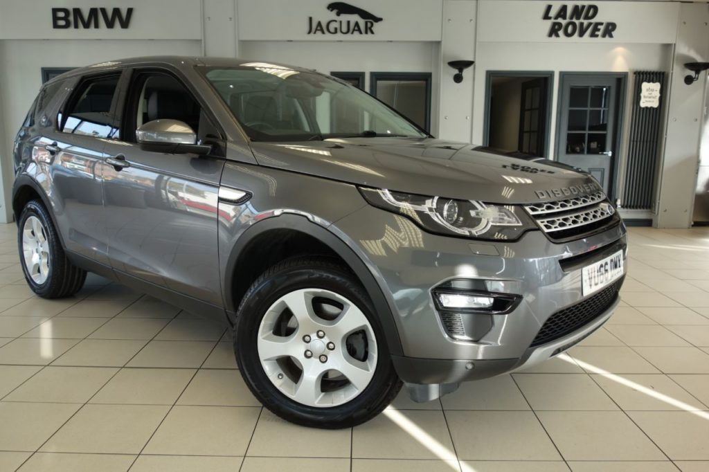 Used 2016 GREY LAND ROVER DISCOVERY SPORT Estate 2.0 TD4 HSE 5d 150 BHP (reg. 2016-09-16) for sale in Hazel Grove