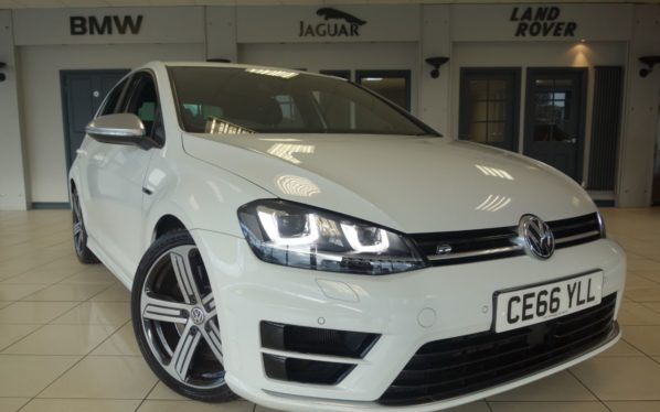 Used 2016 WHITE VOLKSWAGEN GOLF Hatchback 2.0 R 5d 298 BHP (reg. 2016-10-17) for sale in Hazel Grove