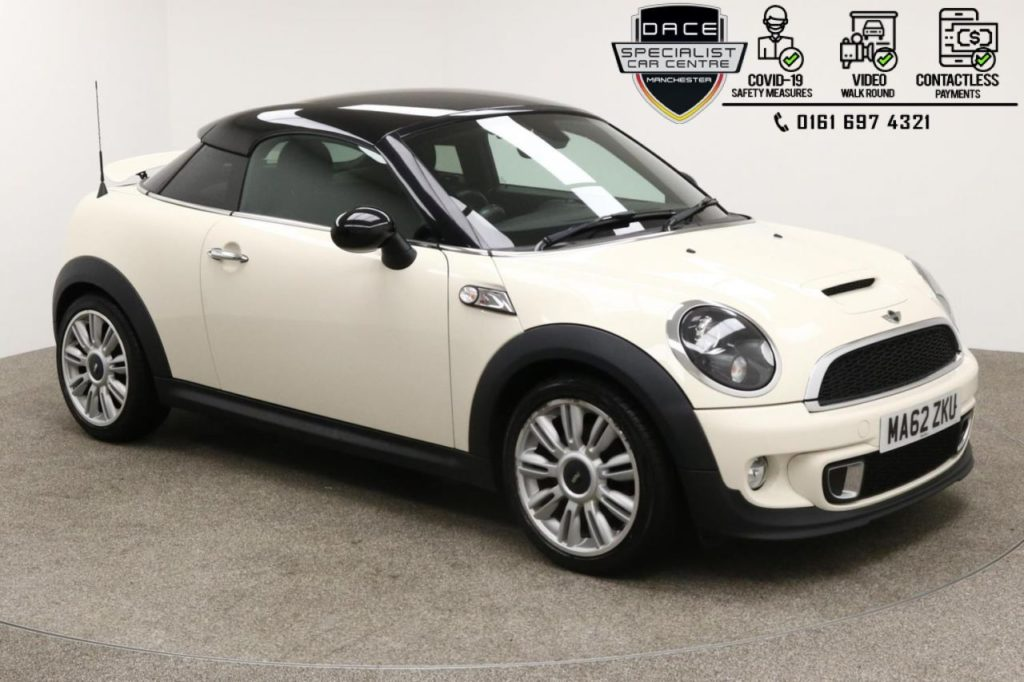 Used 2012 WHITE MINI COUPE Coupe 1.6 COOPER S 2d 181 BHP (reg. 2012-09-28) for sale in Manchester