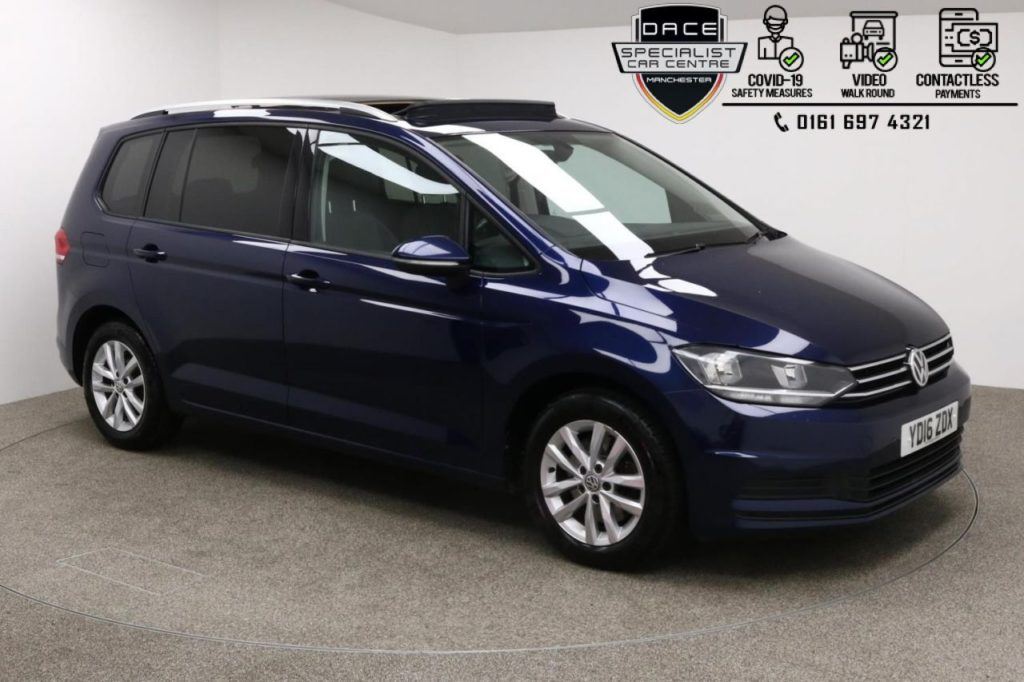 Used 2016 BLUE VOLKSWAGEN TOURAN MPV 1.6 SE FAMILY TDI BLUEMOTION TECHNOLOGY 5d 109 BHP (reg. 2016-04-29) for sale in Manchester