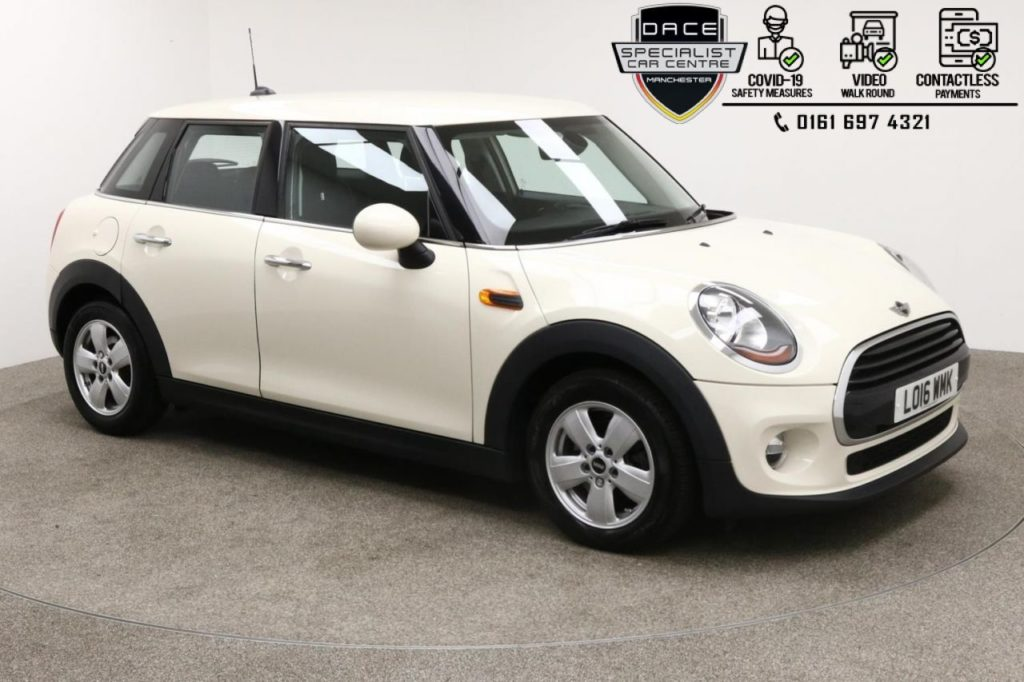 Used 2016 WHITE MINI HATCH COOPER Hatchback 1.5 COOPER D 5d 114 BHP (reg. 2016-08-02) for sale in Manchester