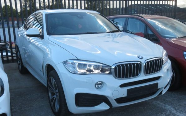 Used 2017 WHITE BMW X6 Coupe 3.0 XDRIVE40D M SPORT 4d AUTO 309 BHP (reg. 2017-03-15) for sale in Manchester