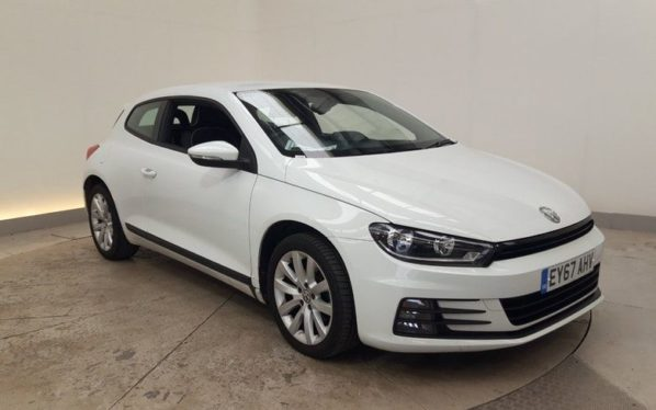 Used 2017 WHITE VOLKSWAGEN SCIROCCO Coupe 2.0 TDI BLUEMOTION TECHNOLOGY 2d 148 BHP (reg. 2017-09-13) for sale in Manchester