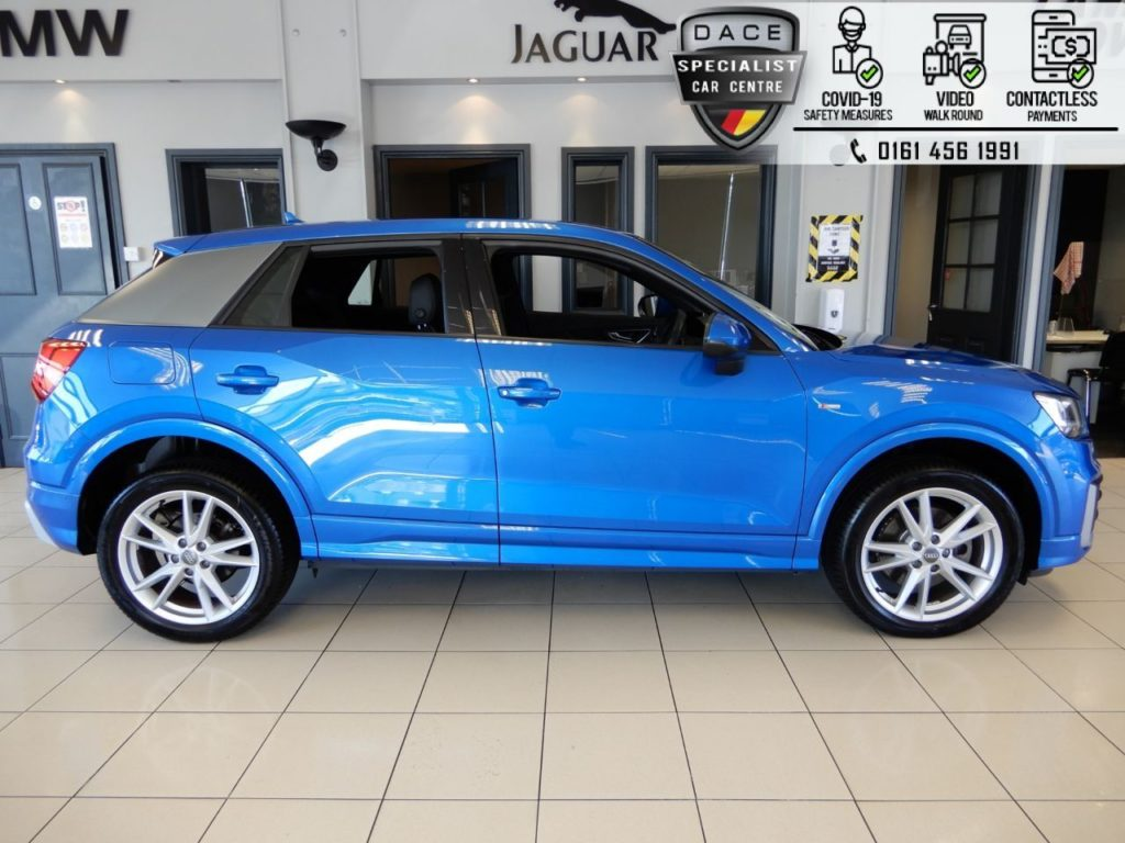 Used 2018 BLUE AUDI Q2 Estate 1.6 TDI S LINE 5d AUTO 114 BHP (reg. 2018-04-27) for sale in Hazel Grove